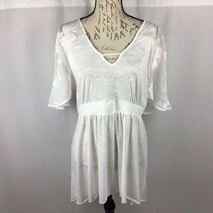 Torrid white shirt size 1